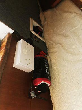 220v inverter, 3 way battery switch
