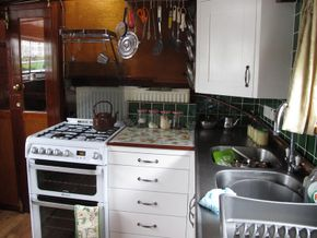 The convenient dining kitchen