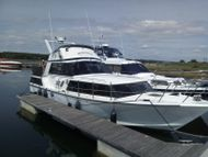 MAY PX.  PRICE DROP SPECIAL  MOONRAKER 350 TWIN SCREW MOTOR YATCH 36'