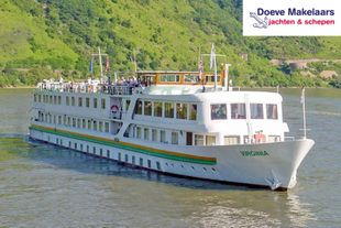 Hotel Passenger vessel 100 passengers