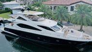 2014 Sunseeker Yacht