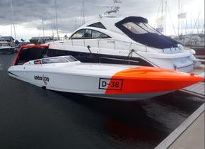 Carine Yachts  - Luxury Yacht Brokerage | DONZI 38 ZRC 2003 | Photo 4