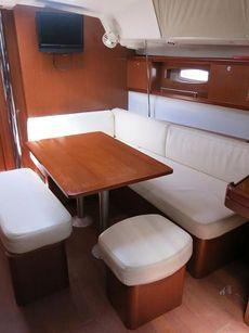2010 Beneteau Oceanis 43
