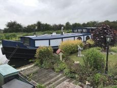 PROJECT BOAT 58ft x 14ft 6 Ex-British Waterways Work Boat