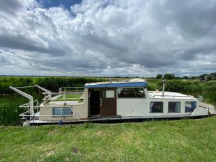 Small Dutch Barge 'Wendy' SALE AGREED