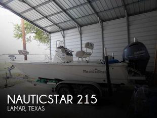 2017 NauticStar 215 XTS Shallow Bay