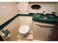 Viking Viki 34 Aft Cabin Shower Room & Head