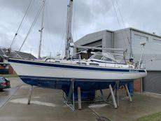 2000 Hallberg Rassy 36 Cruising Yacht