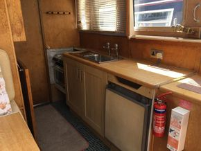 Galley - Roof Open