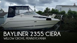 1997 Bayliner 2355 Ciera