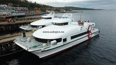 High Speed Carbon Catamaran 35 meter with 250 pax 3 sister vessel