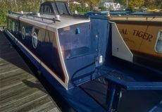 Lovely 34' cruiser stern moored at Roydon Marina Village