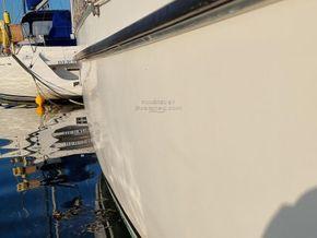 Colvic 31 Sailor - Hull Close Up