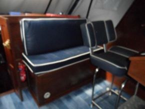 Cockpit rear Seating