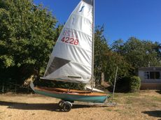 Solo Dinghy Boon Wooden 4228