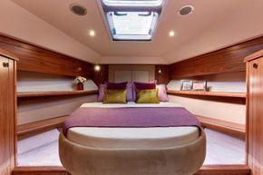 Haines 400 Aft Cabin Forward Cabin