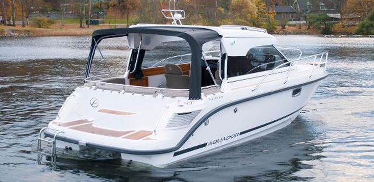 2017 Aquador 24 HT