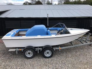 Delta Craft 16' wakeboard waterski boat,