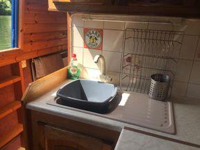 Sink opposite side hatch