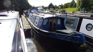 37ft Cruiser Stern Narrowboat ' Badger B'