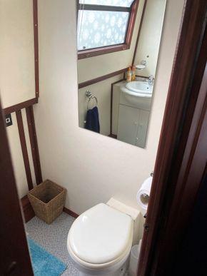 Bathroom No2
