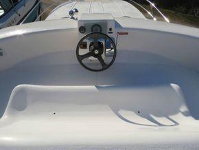 Nicols Estivale Quattro pre purchase survey available - Fly Bridge Helm