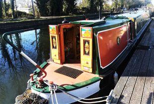 Stunning 60' Mid Engine with mooring option at Roydon Marina Village