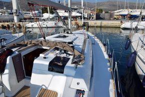 Jeanneau Sun Odyssey 449  - Side Deck