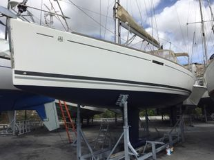 2010 DUFOUR 325 GRAND LARGE