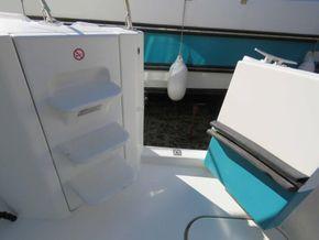 Nicols Estivale Duo ex hire cruiser - Companionway