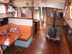 Liveaboard, lovely!