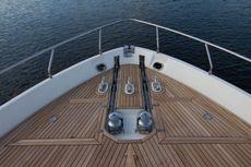 2005 Ferretti Yachts 76