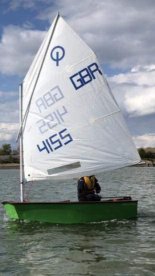 Optimist sailing dinghy 4155