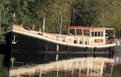 Beautiful 1923 Live Aboard Dutch Barge