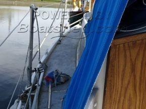 Westerly Centaur  - Side Deck