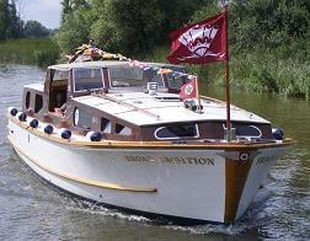 Norfolk Broads - Classic Cabin Cruiser - Broad Ambition