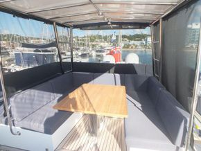 Sunreef 60 Loft  - Fly Bridge Seating