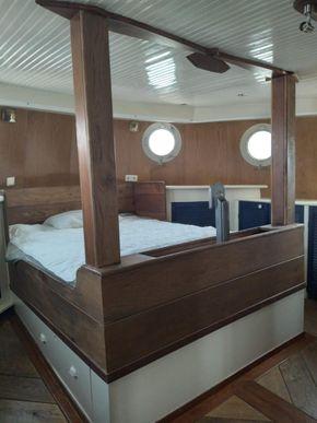 Owner's/Captain's Cabin 1