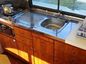 Nicols Estivale Duo Canal and river cruiser - Galley