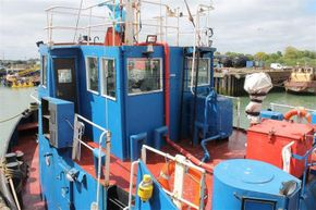 Appledore Devon Motor Tug Dog Class Tug - Coachroof/Wheelhouse