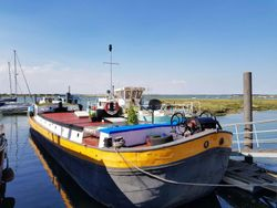 1904 Dutch Barge 24m