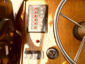 Helm Position - Throttle and switches