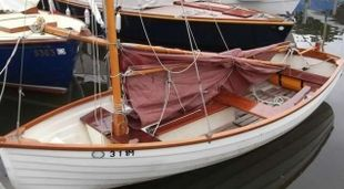 14ft GRP sailing dinghy with road trailer, Gunter rig.