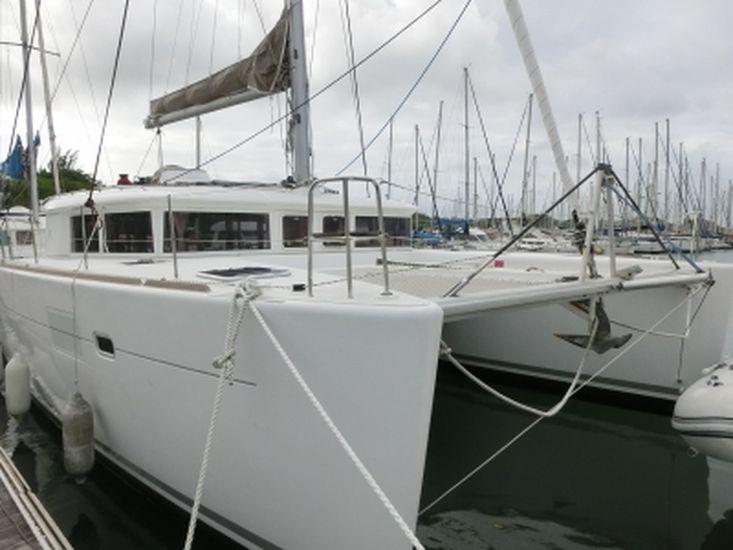 2013 LAGOON 450 F