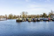 3 Month 35ft Narrowboat Winter Moorings at Saul Junction Marina