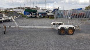 Boat trailer suitable for 1300kgs