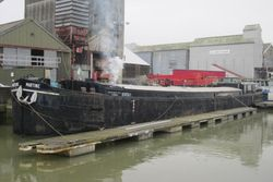 40m Belgian Spitz Barge, a Mobile home, ripe for conversion.
