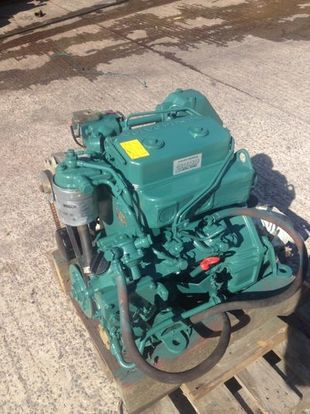 Volvo Penta 2002 Marine Diesel Engine Breaking For Spare Parts