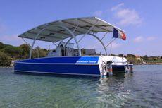 Solar catamaran