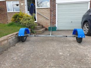 220 Road trailer with MAST SUPPORT